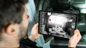 Live support via a tablet AR annotations enable optimal expert support in solving technical issues